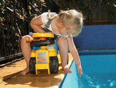 One World Aquatics Swim School offers swim lessons for kids and adults starting as early as age