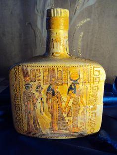 Бутылка «Египетская» http://dcpg.ru/blogs/2322/ Click on photo to see more! Нажмите на фото чтобы увидеть больше! decoupage art craft handmade home decor DIY do it yourself bottle