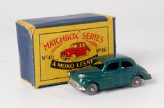 Lot 2409 - Matchbox, 1-75 series No.46 Morris Minor 1000, dark green body with MW, silver detailing, in the