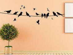 Das Vögel Wandtattoo wirkt fast so als ob sich Zugvögel in Ihrer Wohnung niedergelassen haben. Vögel sind eine originelle und beliebte Wanddekoration für den Wohnbereich. Überlegen Sie einfach mal an welcher...