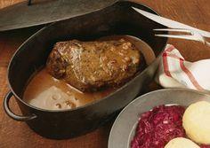 Pork Knuckles in Beer Sauce - Schweinshaxe in Bier Soße
