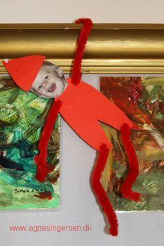 Preschool Christmas Crafts, Xmas Crafts, Christmas Projects, Christmas Diy, Diy Christmas Door Decorations, Snowman Christmas Ornaments, Christmas Tablescapes, Easy Toddler Crafts, Toddler Christmas