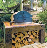 Build an Outdoor Oven | Cooking with an outdoor oven is great for those who enjoy entertaining