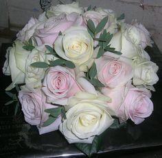 ivory & pale pink rose bridal bouquet