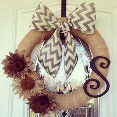 New Fall wreath! Ooooooo, I want this one!