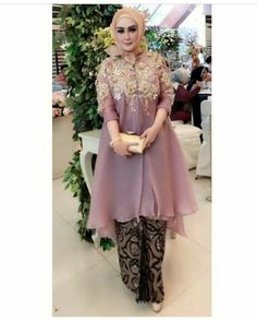 Party Kebaya Lace, Kebaya Dress, Hijab Dress Party, Hijab Style Dress, Muslim Fashion, Hijab Fashion, Fashion Dresses, Trendy Dresses, Simple Dresses
