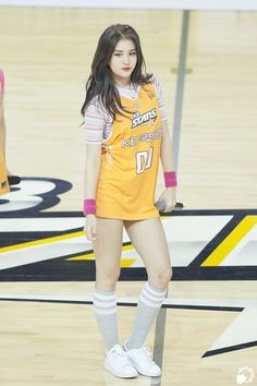 Pin Image by Gadis Sweets Jeon Somi, Korean Beauty, Asian Beauty, Cute Girls, Cool Girl, Oppa Gangnam Style, Babe, Pretty Asian, Queen