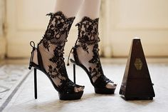 We ♥ shoes! - Betty - Be true to yourself