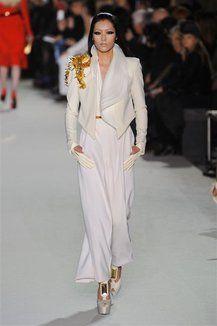 Sfilata Stephane Rolland - Collezione Stephane Rolland - Moda Haute Couture Primavera Estate 2012 - Leiweb