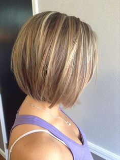 Blonde Highlights with Straight Brown Short Hair Hair styles Short Stacked Haircuts, Short Bob Haircuts, Blonde Haircuts, Straight Haircuts, Short Cuts, Mommy Haircuts, Short Hair Cuts For Women Bob, Short Summer Haircuts, Layered Bob Short