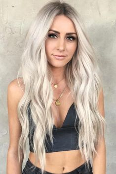 Hair Color 2018 Long Platinum Blonde Hair Wavy ❤️ Platinum blonde is one of the biggest trends in the fashion industry, and not only nowadays, but it has also been popular for ages. That is why today we are going to talk about all the trendiest blo. Ashy Blonde Hair, White Blonde Hair, Long Blond Hair, Long Silver Hair, White Blonde Highlights, Beautiful Blonde Hair, Makeup With Blonde Hair, Long Hair Cuts Wavy, Blonde Hair For Summer