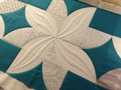 Looking for a last minute Christmas Runner for yourself or as a gift??     We've got a free tutorial for this fun poinsettia coming very so...
