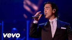Alejandro Fernández - No Me Digas Que Te Vas (En Vivo Confidencias Reales)