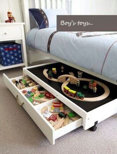 Toy storage ideas living room for small spaces. Learn how to organize toys in a small space, living room toy storage furniture, and DIY toy storage ideas. Casa Kids, Play Table, Kid Spaces, Small Spaces, Small Rooms, Play Spaces, Small Beds, Toys For Boys, Kids Toys