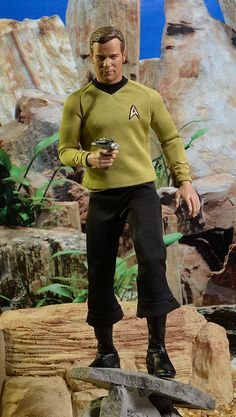 Qmx Star Trek Kirk, Spock sixth scale figures Star Wars Boba Fett, Star Wars Clone Wars, Star Wars Art, Star Trek Toys, Lego Star Wars, Star Trek Collectibles, Sideshow Collectibles, Star Trek Action Figures, James T Kirk