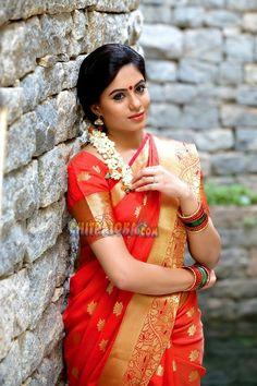 Indian Actress Photos, Beautiful Indian Actress, Indian Actresses, South Indian Bride, Indian Bridal, Ethinic Wear, Indian Navel, Saree Models, Exotic Women
