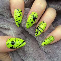 Neon nail art design makes your nails bright and shiny. The energy you can see in neon nails. When you wear neon nails, you can choose yellow. Today, we have collected 77 stunning yellow neon nail art designs to beau Neon Yellow Nails, Yellow Nails Design, Neon Nail Art, Neon Nail Polish, Yellow Nail Art, Neon Nails, Black Nails, Nail Polishes, 80s Nails