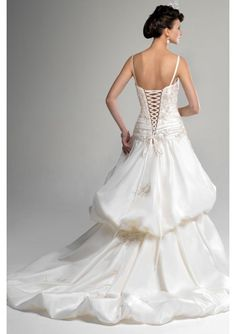No matter what kind of dress I get, I will have the corset to ribbons in the back!