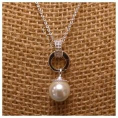 I am loving this simple combination of the crystal clasp and an earring drop! Tkainslockets.OrigamiOwl.com
