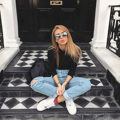 Fashion Tips For Girls .Fashion Tips For Girls Fashion Mode, Fashion Tips, Fashion Trends, Girl Fashion, 90s Fashion, Hijab Fashion, Fashion Photo, Style Fashion, Street Style