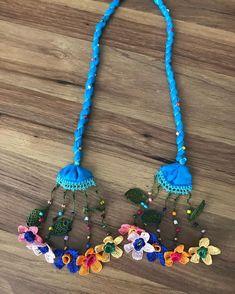 Sipariş alınır🌸🌸 #siparişalınır #kapadokya #istanbul #sarıyer #zekeriyaköy #bakırköy #eminönü #iğneoyası #otantiktakı #takıotantik #bursa… Crochet Crafts, Felt Crafts, Fabric Crafts, Handmade Necklaces, Handmade Jewelry, Crochet Necklace, Beaded Necklace, Fabric Jewelry, Filet Crochet