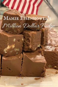 The American Moms Dog Recipes, Candy Recipes, Sweet Recipes, Chocolate Fudge, Chocolate Recipes, Holiday Baking, Christmas Baking, Old Fashion Fudge Recipes