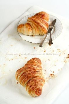 Croissant recipe...I'm going to have to take advantage of this when I get back to the U.S. I will miss my morning cafe croissants!