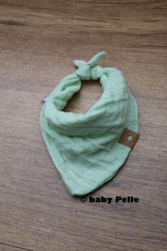 Halstücher - Baby Halstuch Musselin Baumwolle lindgrün 0-3 Mon - ein Designerstück von babyPelle bei DaWanda