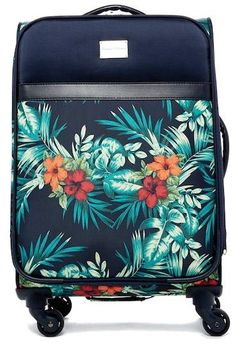"""Tommy Bahama St. Kitts 20\"""" Expandable Spinner Suitcase"""