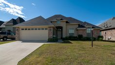 1114 Laurel Creek Shreveport, LA 71106 Home for sale in Norris Ferry Crossing call or email us today 318-572-6551 hollowayhomegroup@gmail.com or visit www.findyourwayholloway.com