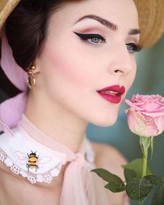 Classic makeup looks, vintage makeup looks, retro Pin Up Makeup, Retro Makeup, Beauty Makeup, Hair Makeup, Hair Beauty, Crazy Makeup, Makeup Art, Natural Makeup For Blondes, Natural Makeup Looks