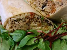So what's inside a Cantina Carnitas (@Matt Nickles Bean) burrito? Try one in our #streetfood area.