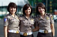 "Eight female police applicants in six Indonesian cities who endured the ""two finger"" test as late as this year have told researchers from the human rights body Military News, Military Women, Police Uniforms, Girls Uniforms, Indonesian Women, Hot Cops, Tough Girl, Female Soldier, Just Beauty"