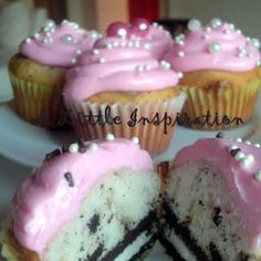 Cup cake stuffed with Oreos