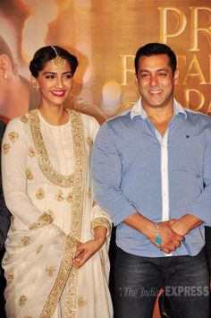 Salman Khan with Sonam Kapoor at trailer launch of 'Prem Ratan Dhan Payo'. #Bollywood #PremRatanDhanPayo #PRDP #Fashion #Style #Beauty #Handsome #Ethnic