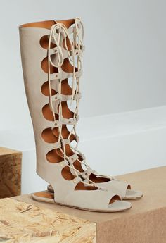 """The Chloé Spring-Summer 2015 Accessories Collection – """"Foster"""" wedge strappy boots in suede"""