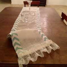 Burlap AND Lace AND CHEVRON Table Runner!!!!!! Would you believe it.