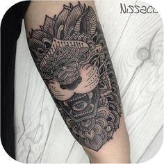 """Mandala Lion made by @nissaco"""