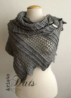 [Free Pattern] Brilliantly Simple Shawl Pattern With A Lovely Design - Knit And Crochet Daily Poncho Au Crochet, Mode Crochet, Crochet Shawls And Wraps, Knitted Shawls, Crochet Scarves, Crochet Clothes, Knit Crochet, Crochet Hats, Irish Crochet
