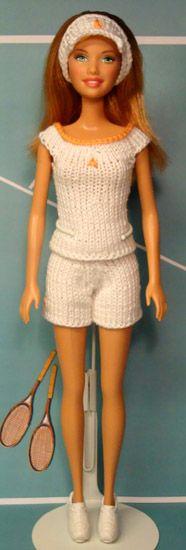 doll shorts pattern (no. 946) http://www.stickatillbarbie.se/