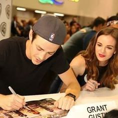 I love THE FLASH  Snowbarry ⭐ FOLLOW × FOLLOW Danielle Panabaker Grant Gustin