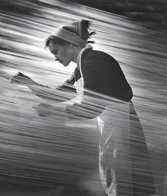 """Matorin Nikolai - """"Rhythm of labor"""", 1960. From the series """"One Day in History"""" Courtesy of The Lumiere Brothers Center for Photography"""