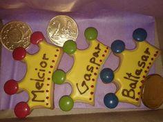 Natali's cooking: Navidad. Galletas de Reyes Magos Sunday School Crafts, Epiphany, Art Activities, Royal Icing, Christmas Cookies, Birthday Candles, Fondant, Ideas Para, Catholic