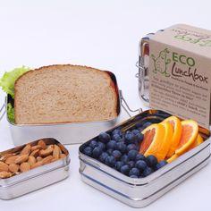 ECOlunchbox Three-in-One, 3-teilige Brotdose aus Edelstahl Aber: Nicht dicht: https://www.ecobrotbox.de/shop/brotboxen/dabba-magic-snackbox/