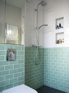 Resultado de imagen de glazed metro tiles bathroom