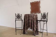 Dekor und Kommunikationsmittel. Botschaften in Stoff gewebt. Means Of Communication, Hemp, Weaving, Textiles, Cotton