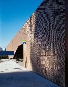 metal facade cladding: bronze TECU® BRONZE KME
