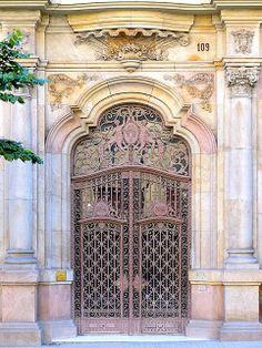 Barcelona - Balmes 109 d | Flickr: Intercambio de fotos