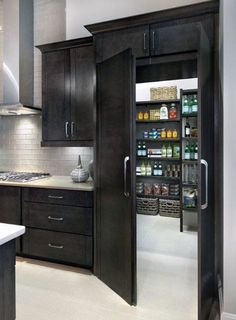 33 Amazing Secret Rooms You Will Want In Your Amazing Secret Rooms You Will Want In Your Home Raise Your Room With New Kitchen Design Your kitchen might be an operating space at home, but that . New Kitchen, Kitchen Decor, Kitchen Ideas, Room Kitchen, Stylish Kitchen, Kitchen Storage, Kitchen With Pantry, Decorating Kitchen, Mansion Kitchen