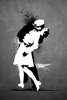 WWII Victory Kiss Mystery sailor and girl Regular Poster (01-2674)